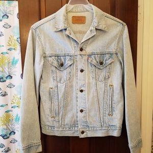 Vintage Levi's Light Wash Jean Jacket 90's